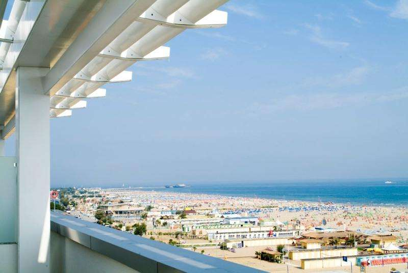 Sejur Litoral Rimini octombrie 2018 bilet de avion si hotel inclus