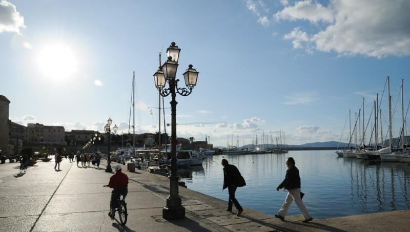 Sejur Litoral Sardinia februarie bilet de avion si hotel inclus