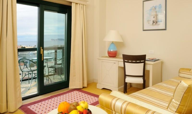 Sejur Litoral Sardinia  iulie bilet de avion si hotel inclus