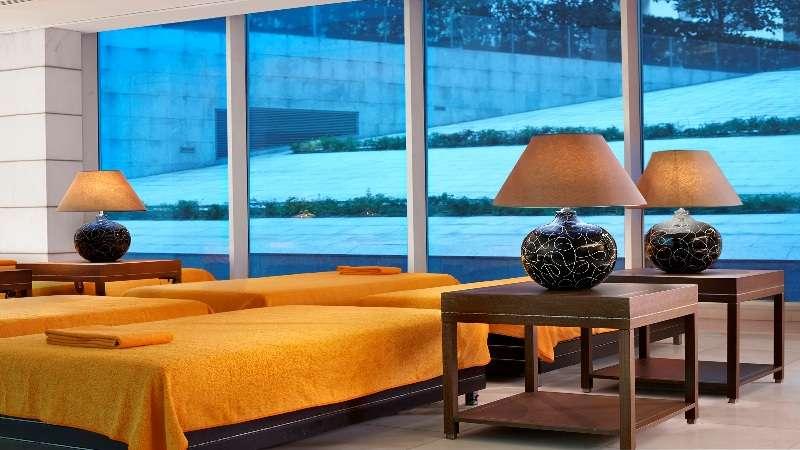 Sejur Madeira si Porto Santo septembrie bilet de avion si hotel inclus