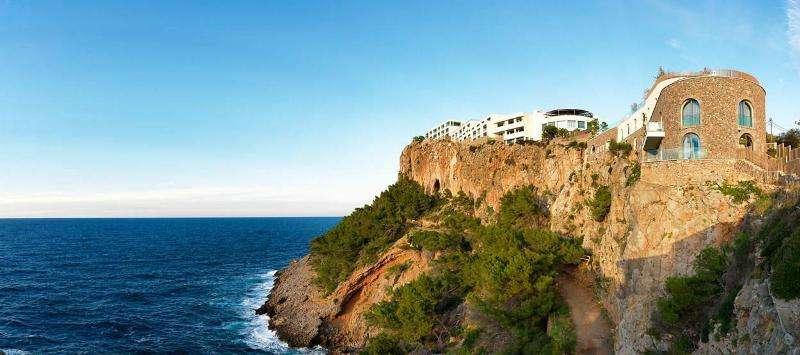 Sejur Mallorca luna august 2018 bilet avion si hotel inclus