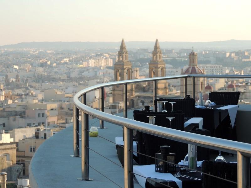 Sejur Malta luna mai bilet de avion si hotel inclus