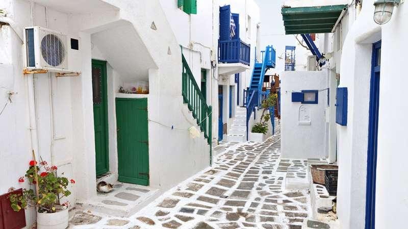 Sejur avion Mykonos Grecia 2017 oferta Hotel Myconian Korali 5*