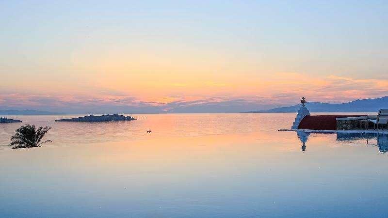 Sejur Mykonos iulie 2017 bilet avion, hotel si taxe incluse