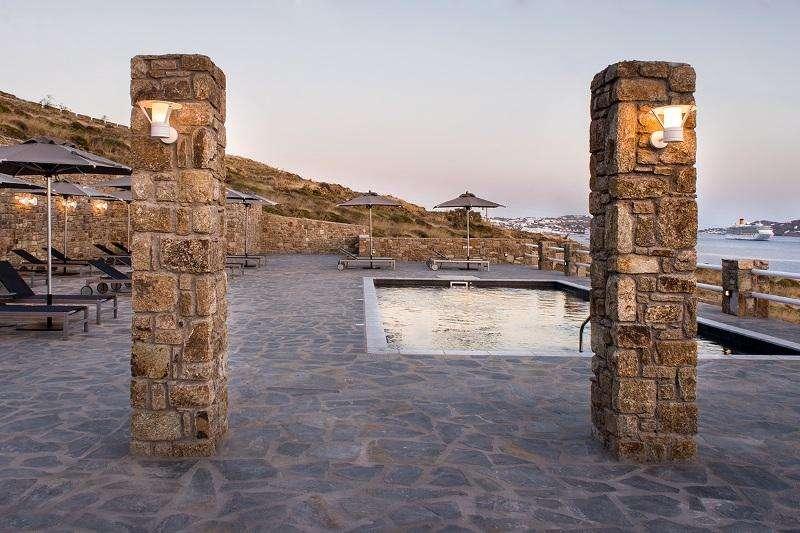 Sejur Mykonos iulie 2018 bilet avion si hotel inclus