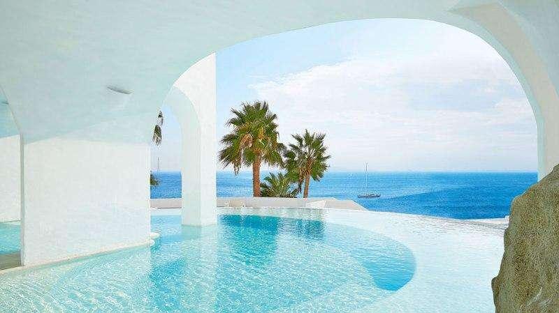 Sejur Mykonos luna mai 2018 bilet avion si hotel inclus