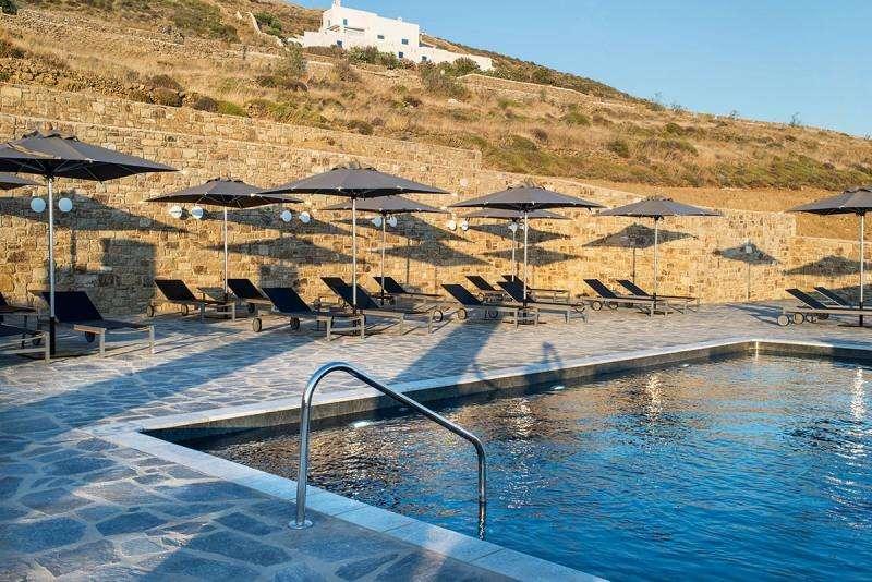Sejur Mykonos mai 2018 bilet avion si hotel inclus