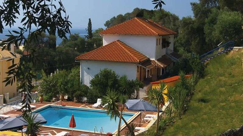 Sejur avion Parga Grecia 2017 oferta Hotel Lichnos Beach