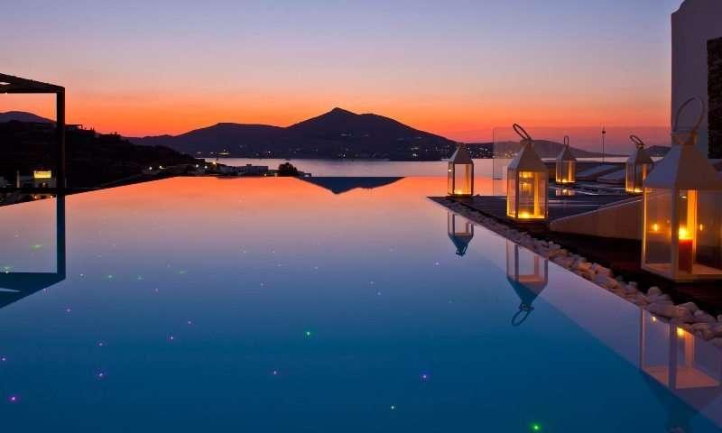 Sejur Paros week-end Sf Maria august 2018 bilet de avion si hotel inclus