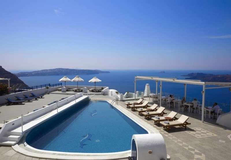 Sejur charter Santorini august 2018 bilet avion hotel si taxe incluse