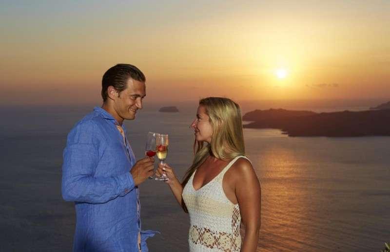 Sejur avion Santorini Grecia 2017 oferta Hotel Sunrise Hotel 2*