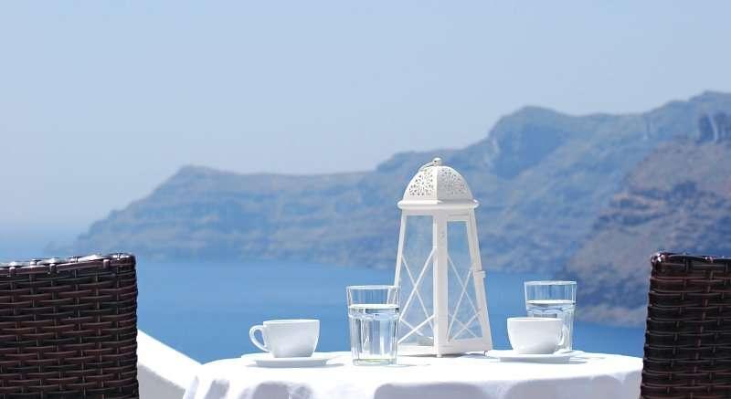 Sejur avion Santorini Grecia 2017 oferta Hotel Belvedere 4*