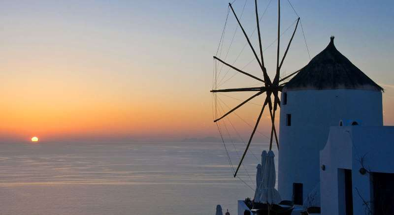 Sejur avion Santorini Grecia 2018 oferta Hotel Cliffside Suites 3*