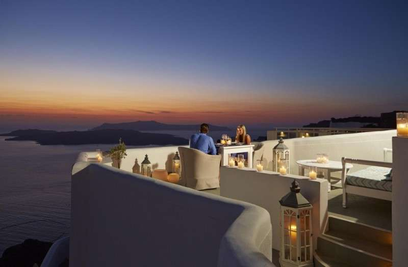 Sejur Santorini Grecia avion Hotel FLORA STUDIOS