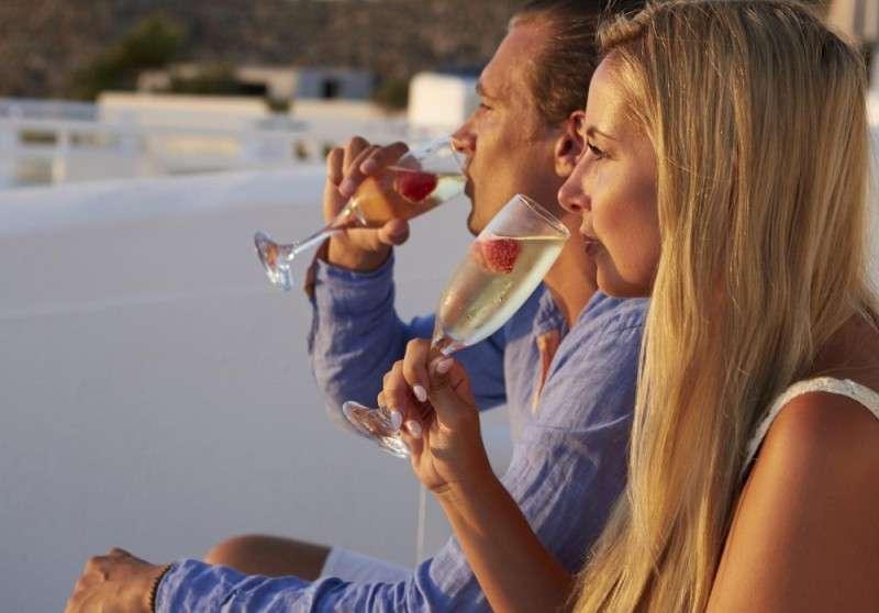 Sejur avion Santorini Grecia 2017 oferta Hotel Nissos Thira 2*