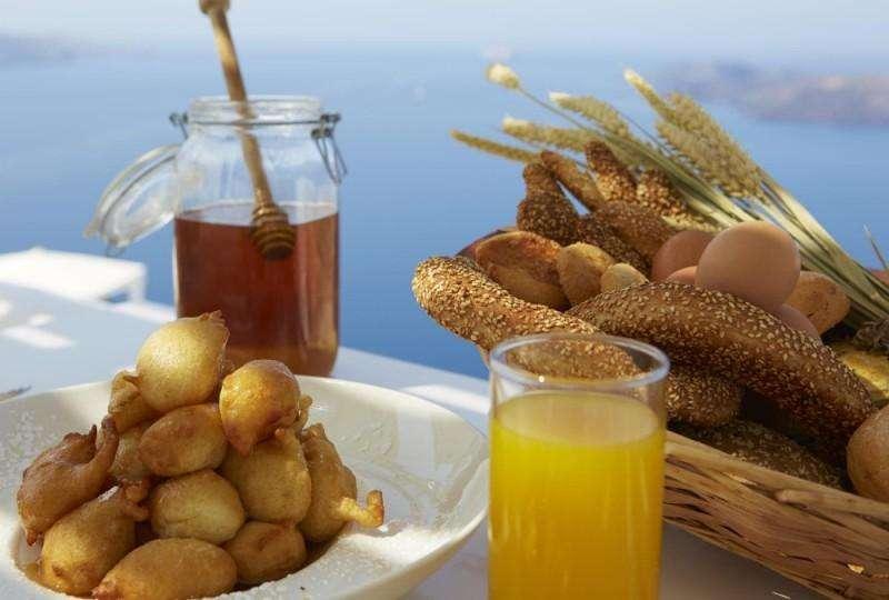 Sejur Santorini Grecia avion HOTEL TERRA BLUE 4*