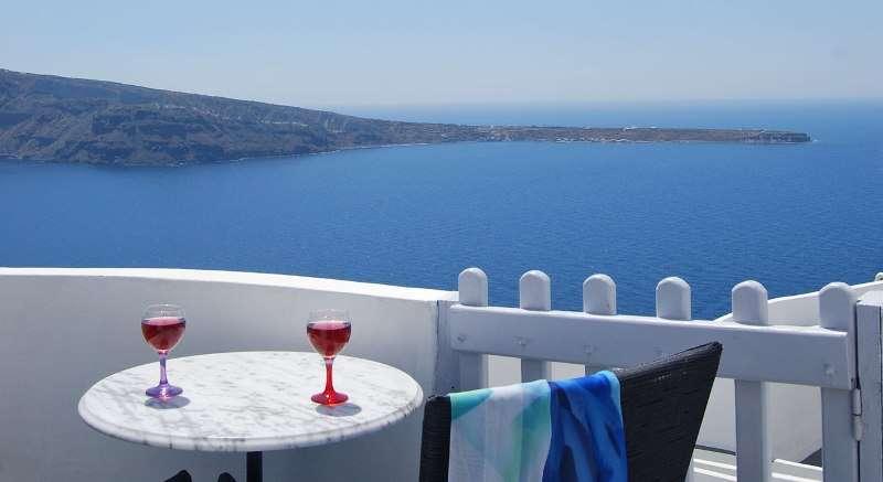 Sejur avion Santorini Grecia 2018 oferta Hotel Volcano View 4*