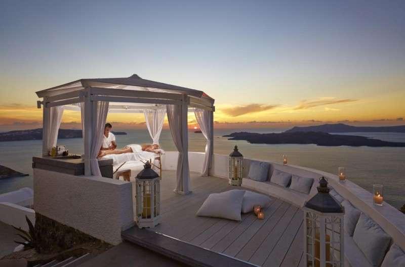 Sejur avion Santorini Grecia 2017 oferta Hotel Aegean Plaza 4*