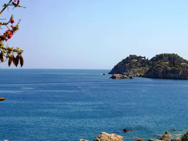 Sejur Sicilia iunie bilet de avion si hotel inclus