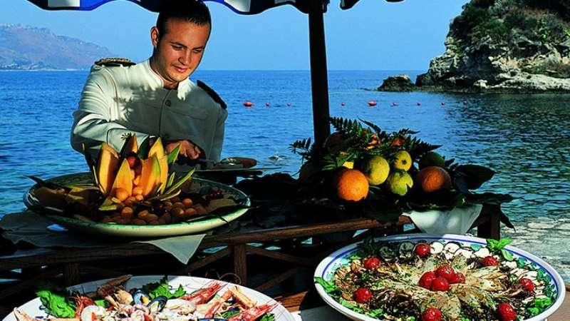 Sejur Sicilia mai bilet de avion si hotel inclus