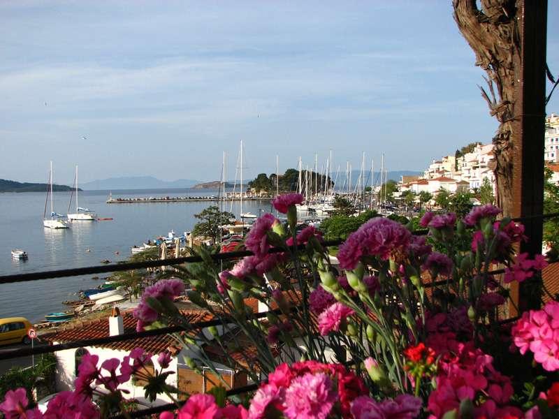 Sejur Skiathos Grecia individual Hotel Plaza (Kanapitsa) 3*
