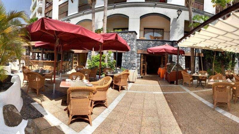 Sejur Spania Tenerife octombrie bilet de avion si hotel inclus