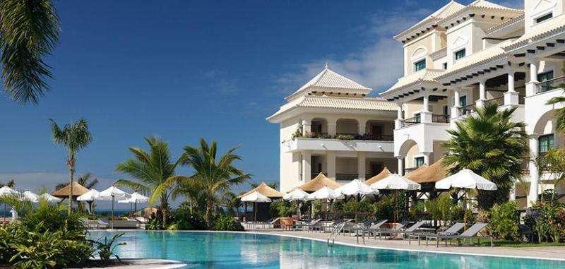 Sejur Tenerife 2018 vacanta mai, bilet de avion si hotel inclus
