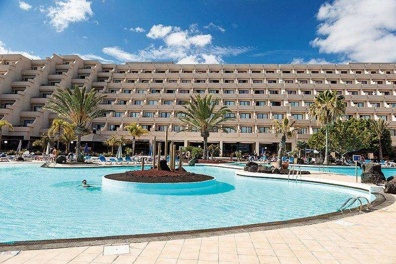 Sejur Tenerife Lanzarote august bilet de avion si hotel inclus