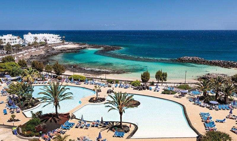 Sejur Tenerife Lanzarotte iuliebilet de avion si hotel inclus