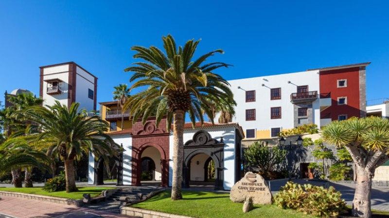 Sejur Tenerife martie bilet de avion si hotel inclus