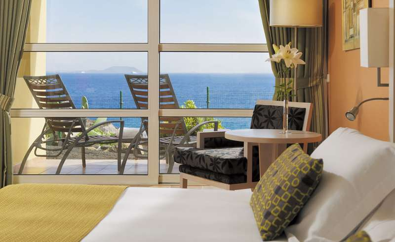 Sejur Tenerife si Lanzarote ianuarie bilet de avion si hotel inclus