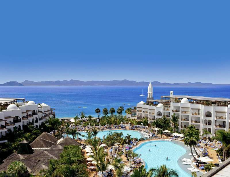 Sejur Tenerife si Lanzarote noiembrie 2017, bilet de avion si hotel inclus
