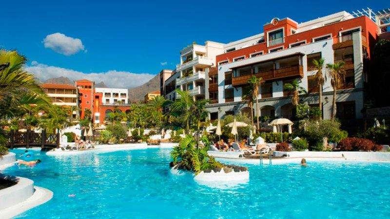 Sejur Tenerife vacanta aprilie 2018 bilet de avion si hotel inclus