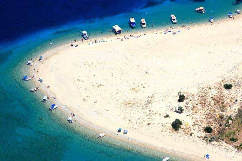 Sejur Zakynthos luna mai bilet de avion si hotel inclus