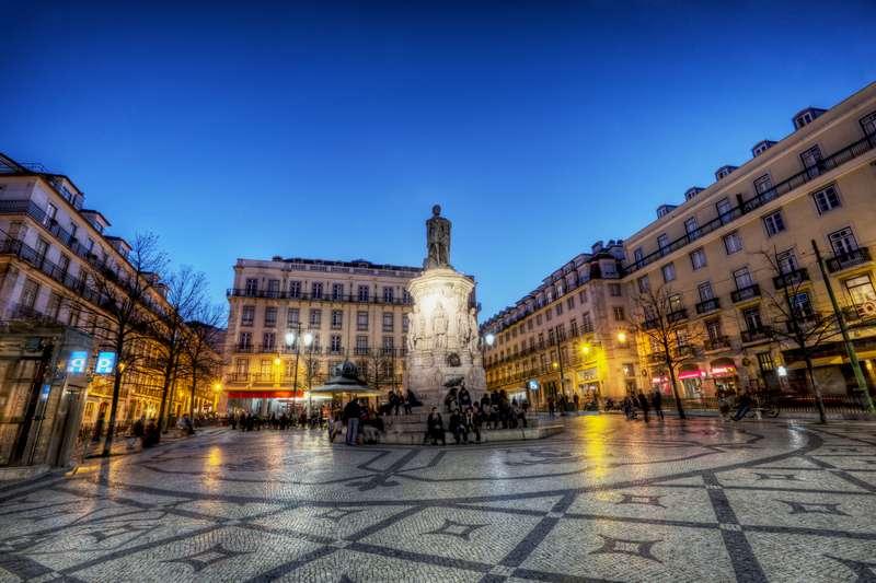 Sejur 2 in 1 Lisabona si Madeira aprilie Paste 2018 bilet de avion si hotel inclus tarifele
