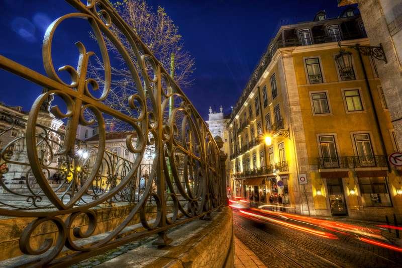 Sejur 2 in 1 Lisabona si Madeira martie bilet de avion si hotel inclus
