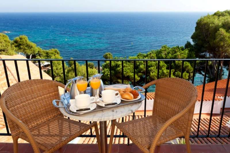 Sejur Costa Brava Spania august 2017 bilet de avion si hotel inclus