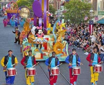 Sejur Disneyland Hotel CHEYENNE 2*