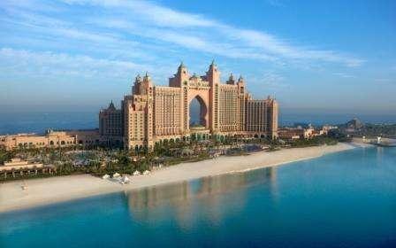 Croaziera Asia de Sud 2018 Vas: Celebrity Constellation Plecare din: Abu Dhabi