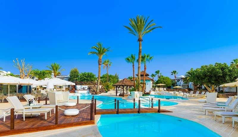 Sejur Lanzarote iulie, bilet de avion si hotel inclus