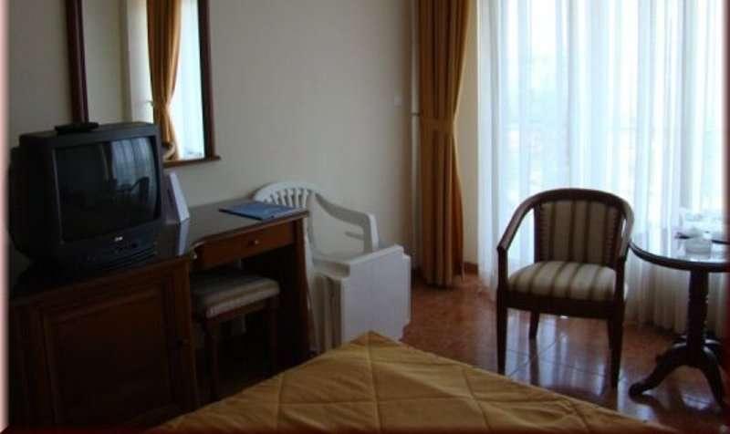 Sejur litoral Romania Hotel Comandor 4* inscrieri timpurii