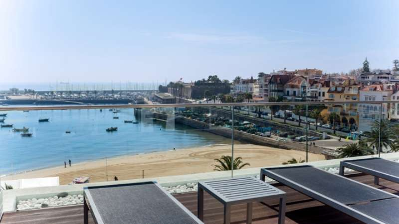 Sejur Portugalia Cascais-Estoril august bilet de avion si hotel inclus