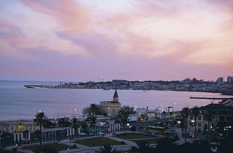Sejur Portugalia Cascais-Estoril in luna mai bilet de avion si hotel inclus