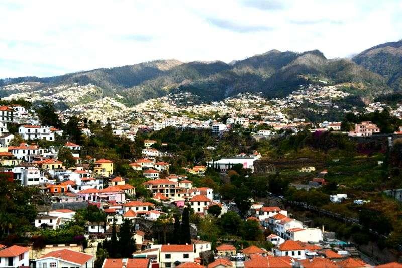 Sejur Portugalia Madeira iulie 2017 bilet de avion si hotel inclus