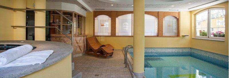 SKI IN ITALIA PASSO DEL TONALE HOTEL ORCHIDEA 3* Vacanta copiilor februarie