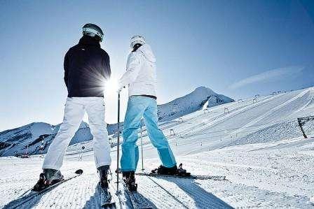 Ski Cortina Ampezzo Italia noiembrie 2018 bilet de avion si hotel inclus