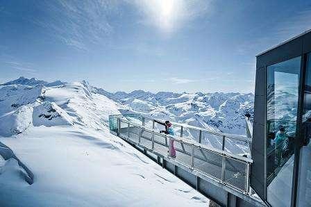 Ski Cortina Ampezzo Italia inceput de iarna cu bilet de avion si hotel