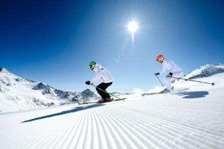 Ski Davos Elvetia ianuarie 2018 bilet de avion si hotel inclus