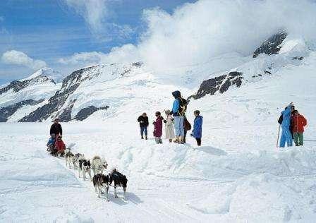 Ski Elvetia Grindelwald octombrie 2018 bilet de avion si hotel inclus