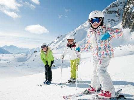 Ski Interlaken Elvetia luna indragostitilor bilet de avion si hotel inclus